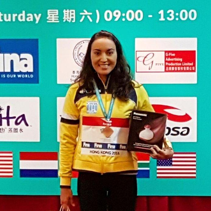 Poliana termina a última prova do Circuito Mundial em 3• lugar e foi vice-campeã do Circuito Mundial