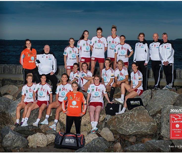Gabriela Moreschi junto com sua equipe na foto oficial/ Foto: Arquivo Pessoal